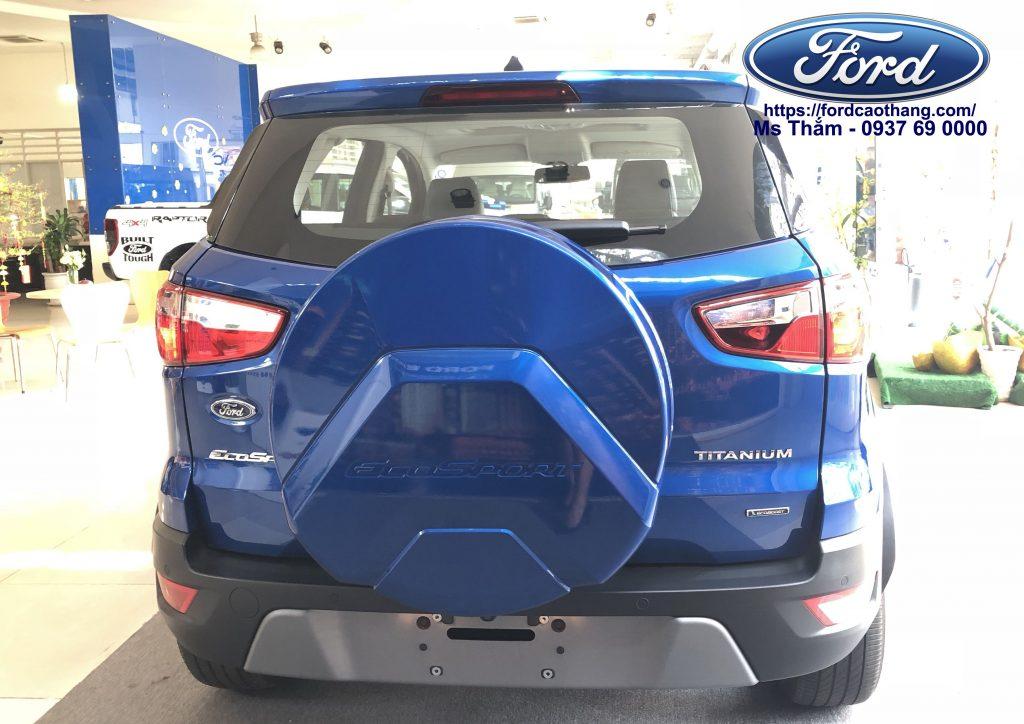 Phần đuôi xe Ford Ecosport 2018 màu xanh hoàn toàn mớii