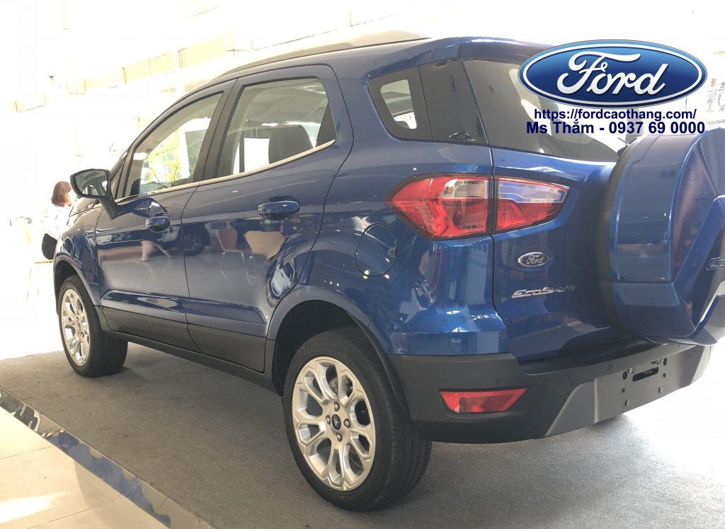 Thân xe Ford Ecosport 2018 màu xanh hoàn toàn mới