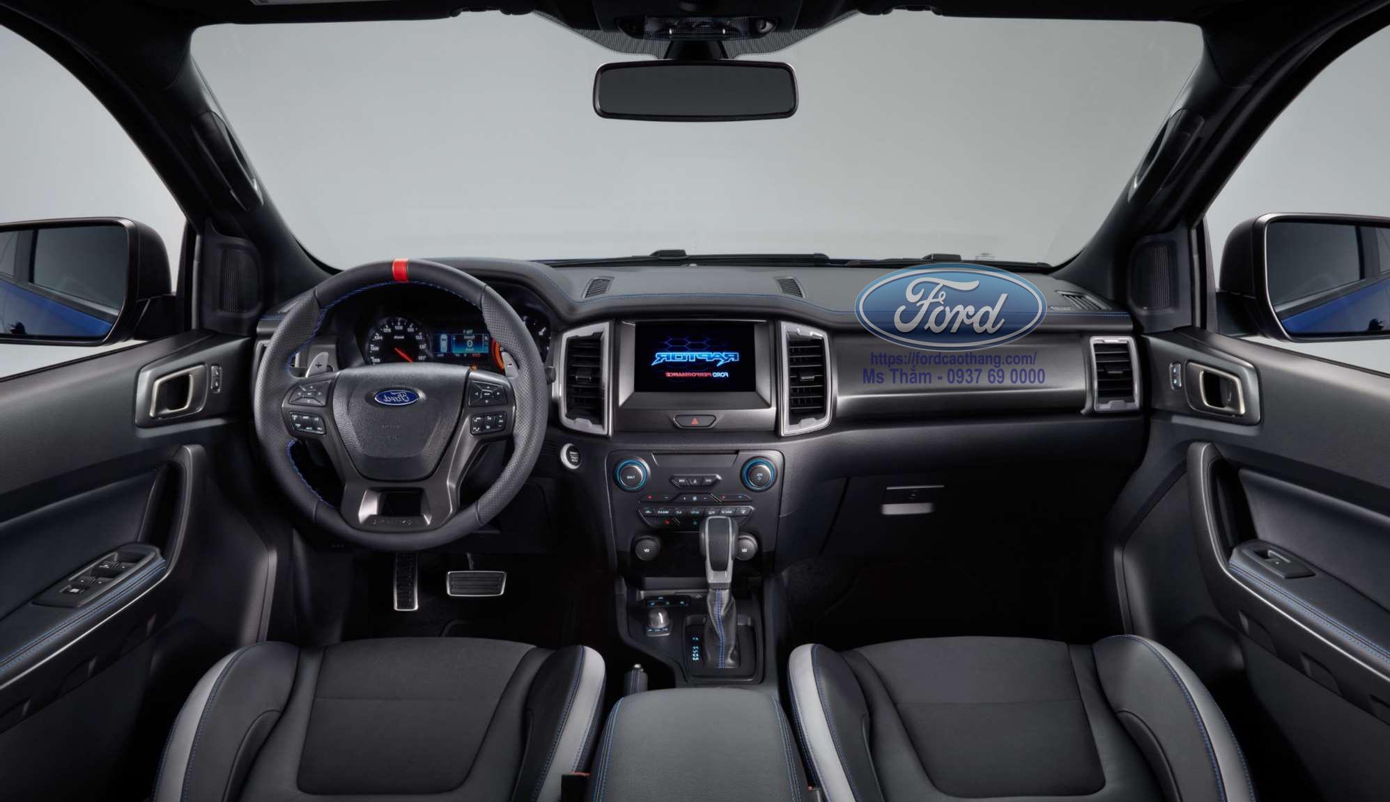 Nội thất Ford Ranger Raptor 2019