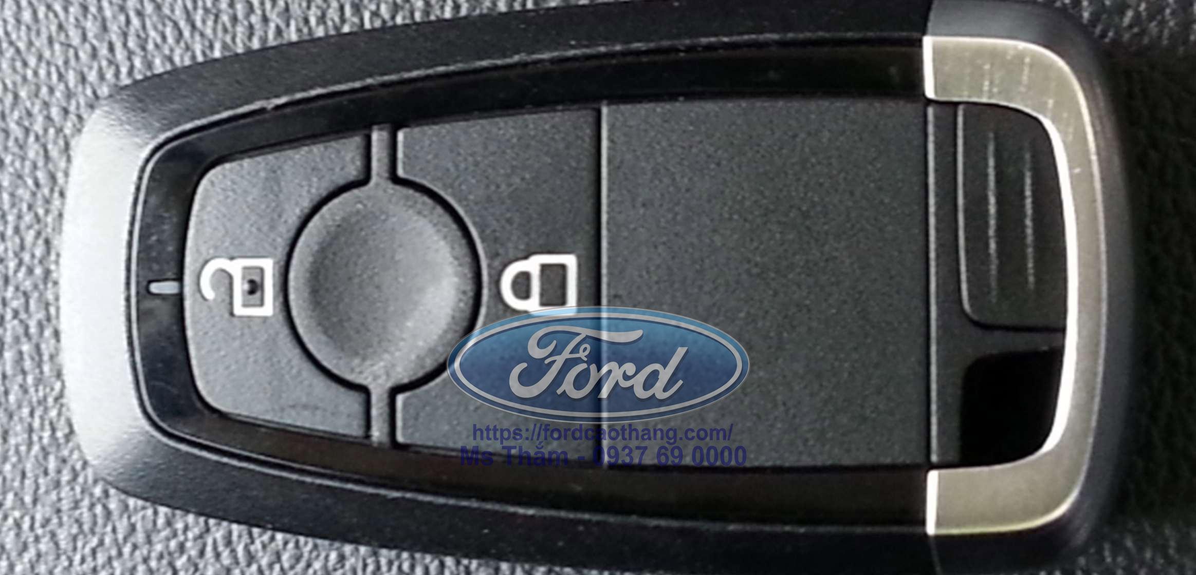 Chìa khoá thông minh Ford Ranger Raptor 2019