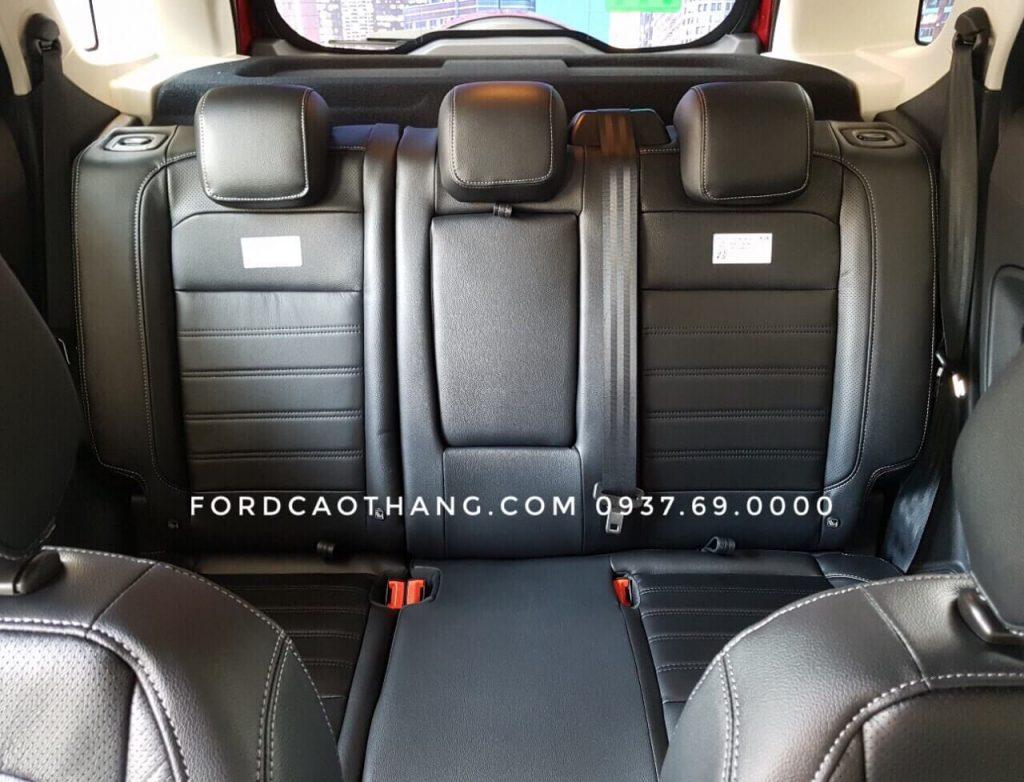 Nội thất phía sau xe Ford Ecosport 2019