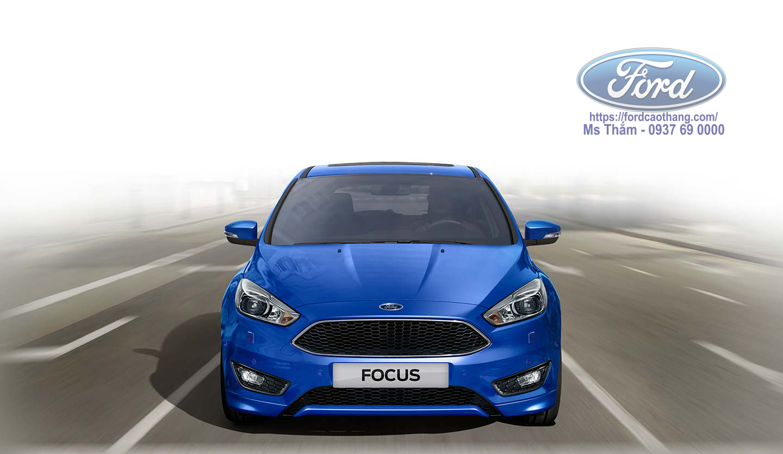 Ford Focus 2019 màu xanh