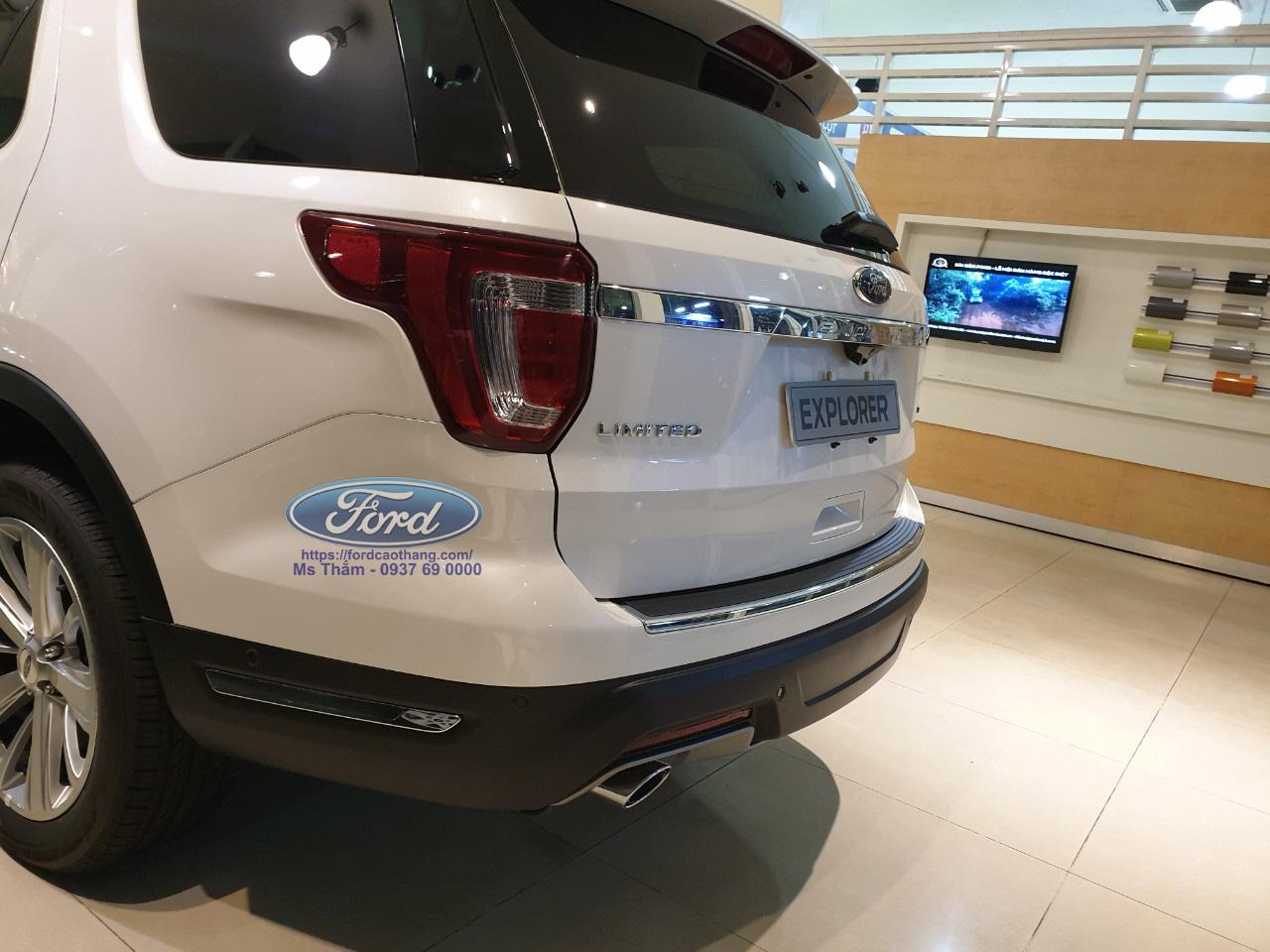 Đuôi xe Ford Explorer 2019
