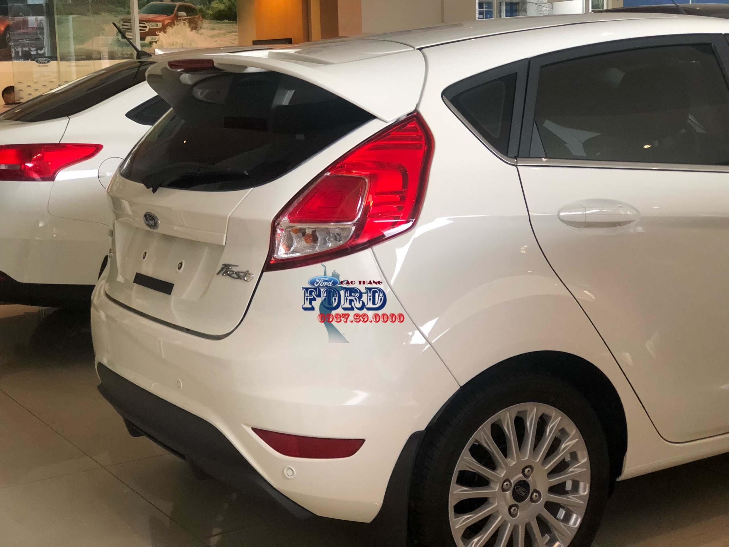 Đuôi xe xe ford fiesta 2019