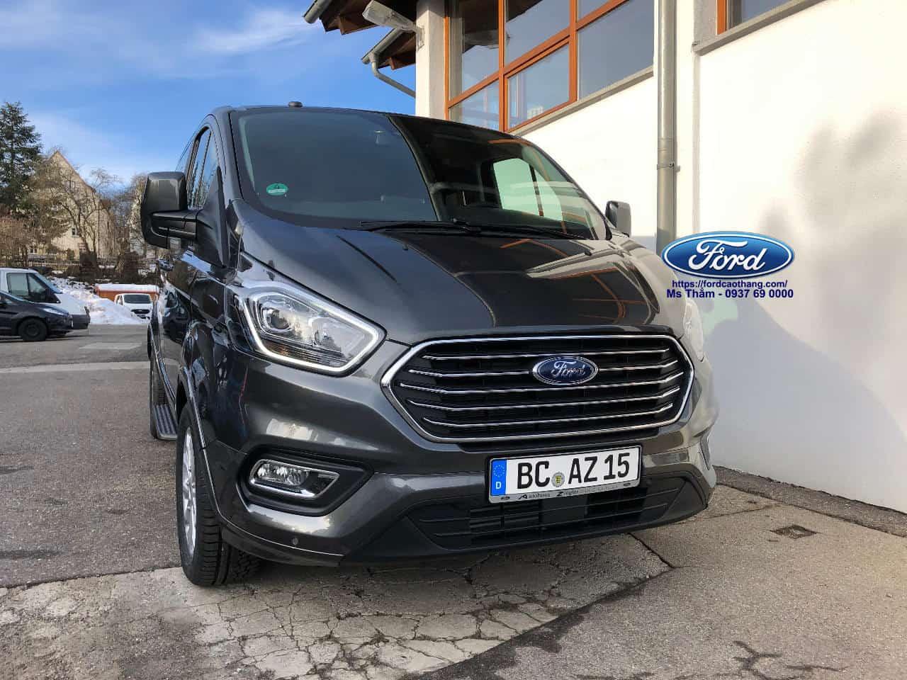 Ford Tourneo 2019 giá bao nhiêu