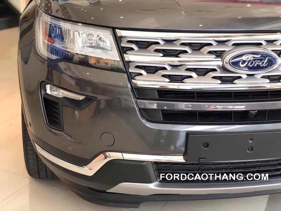Đầu xe Ford Explorer 2020
