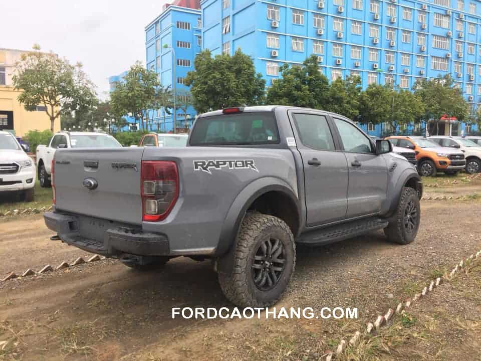 Ford Ranger Raptor 2020 màu xám