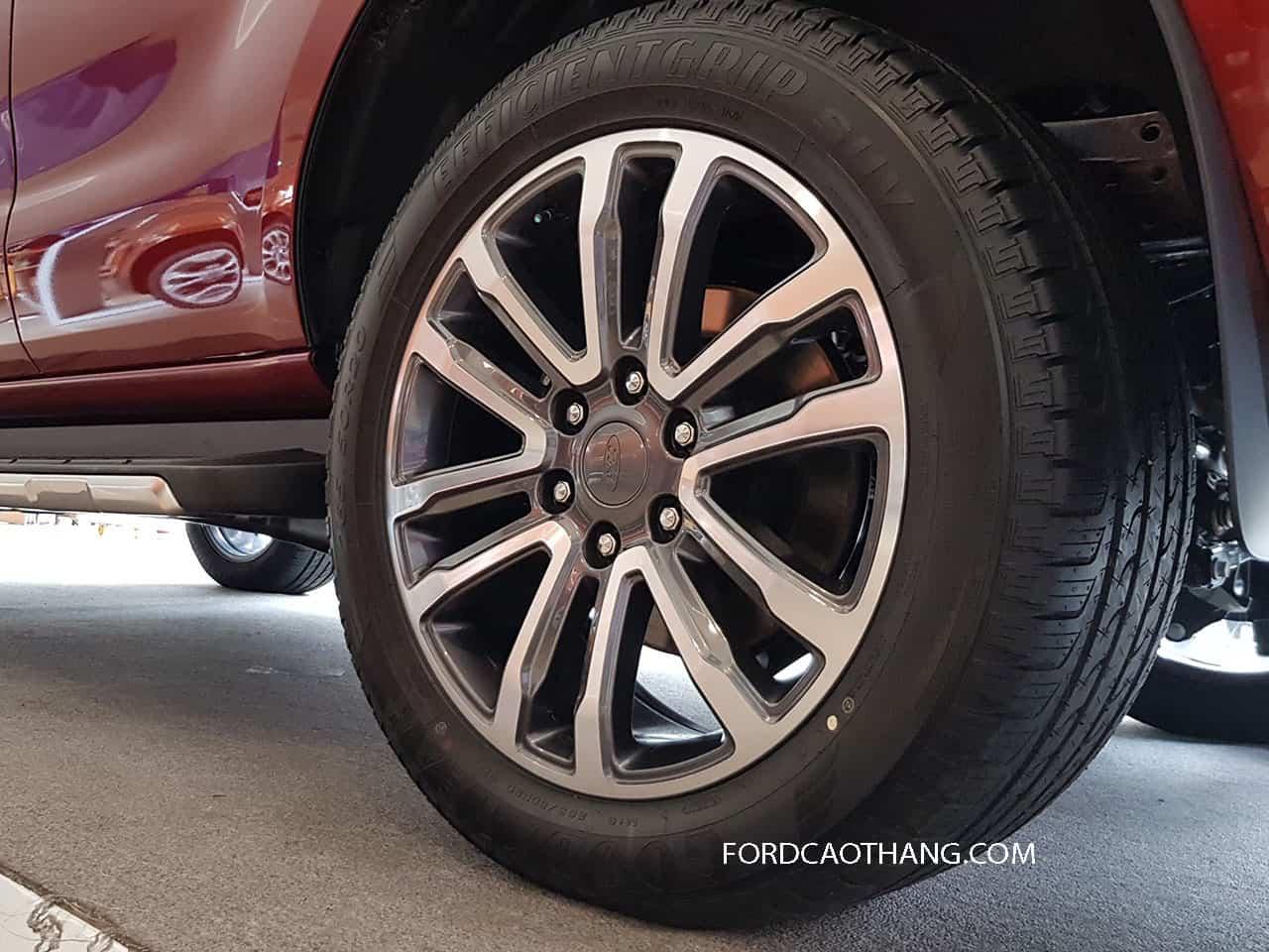 Bánh mâm Ford Everest 2020