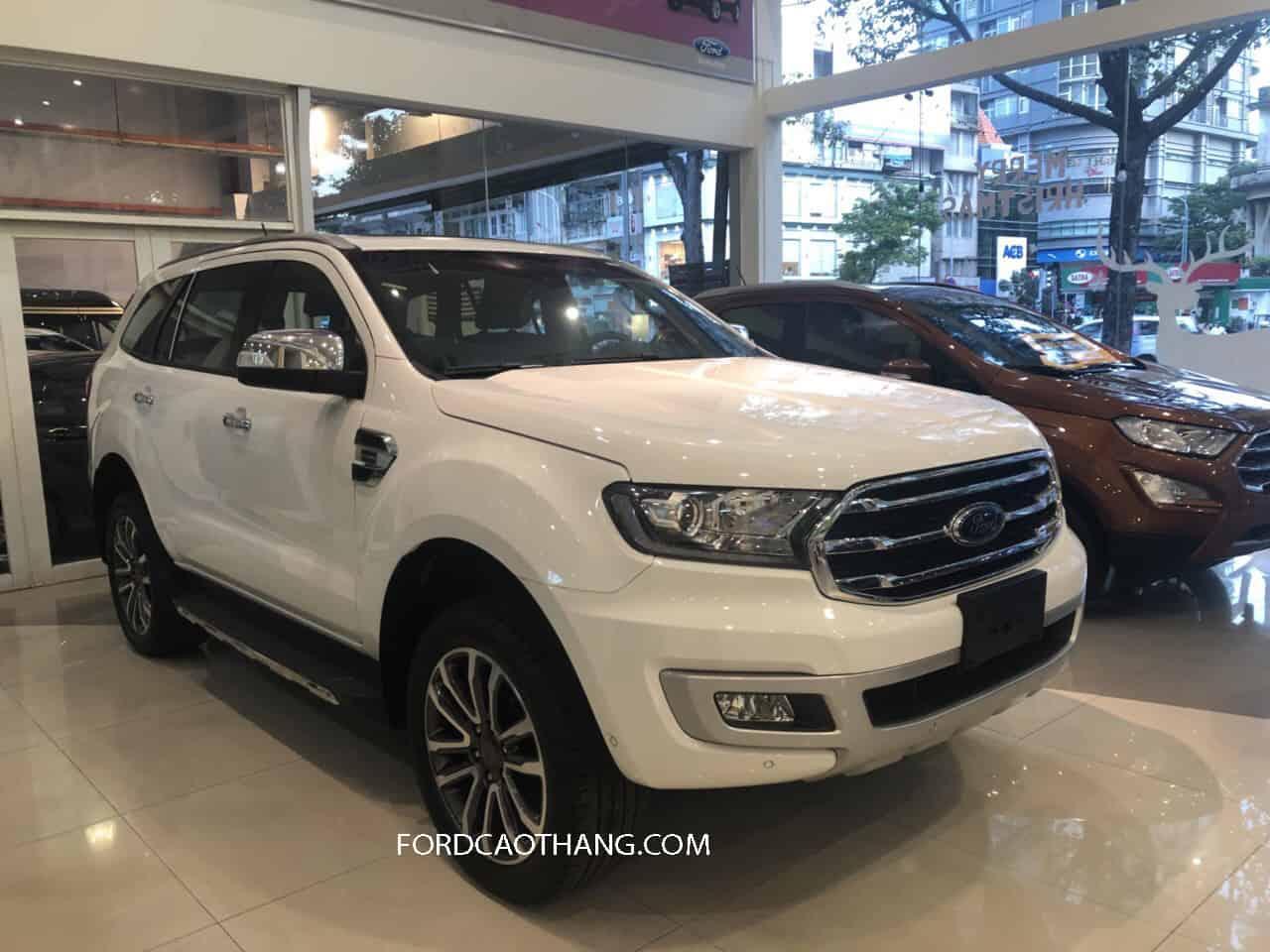 Thân xe Ford Everest 2020