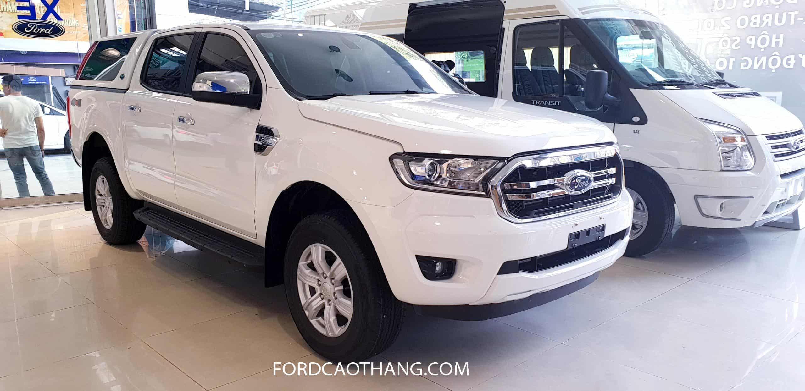 Thân xe Ford Ranger XLT 2020