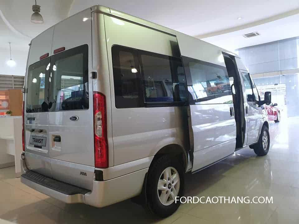 Thân xe Ford Transit 2020 16 chỗ