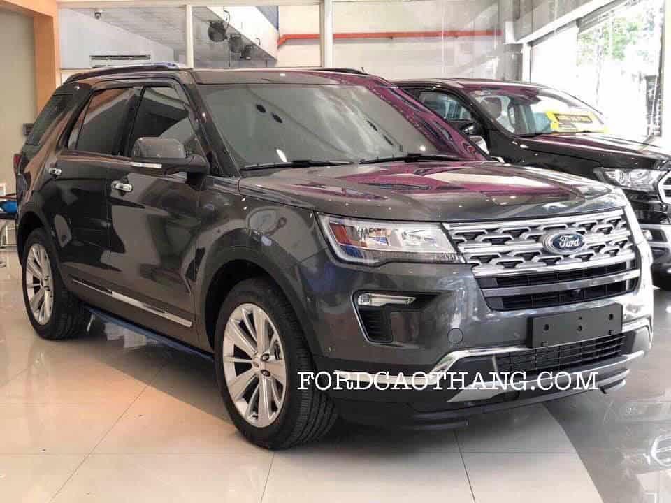 Giá lăn bánh xe ford explorer limited 2019