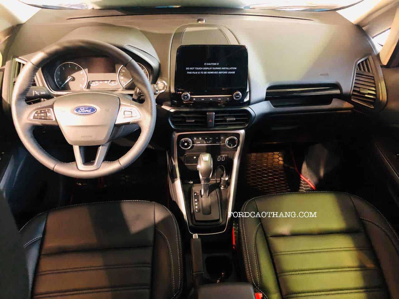 Khoang lái ford ecopsort titanium 2020