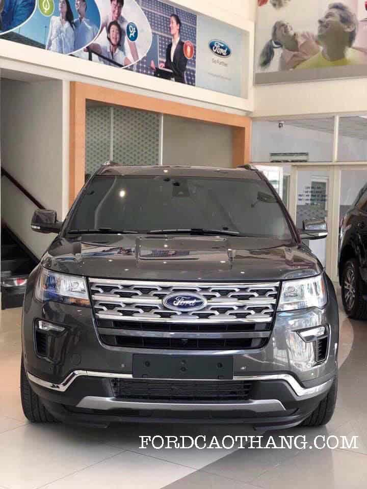 Mua xe ford explorer limited 2019 tra gop