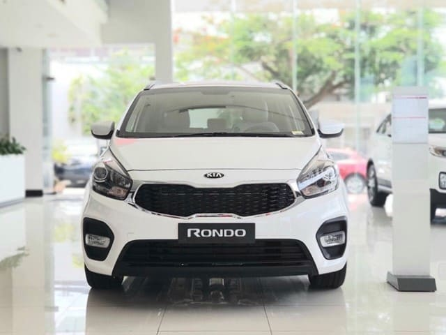 Kia Rondo 2020 dau xe