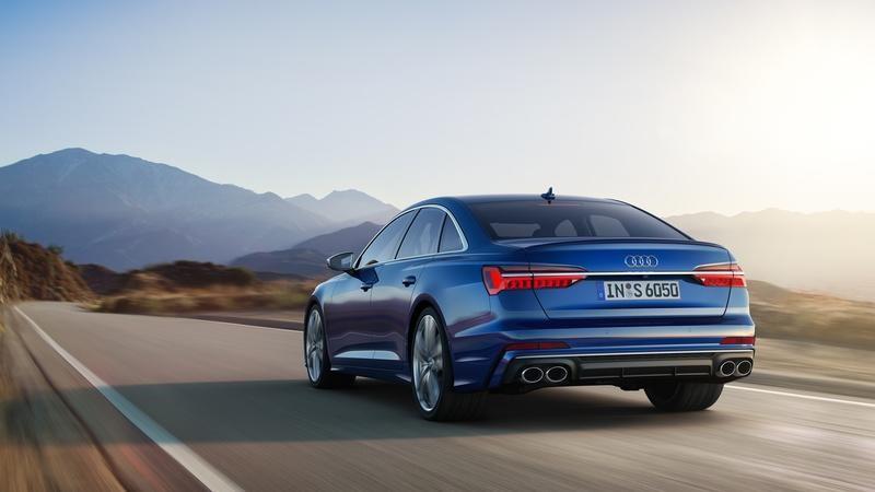 Audi A6 2020 duoi xe