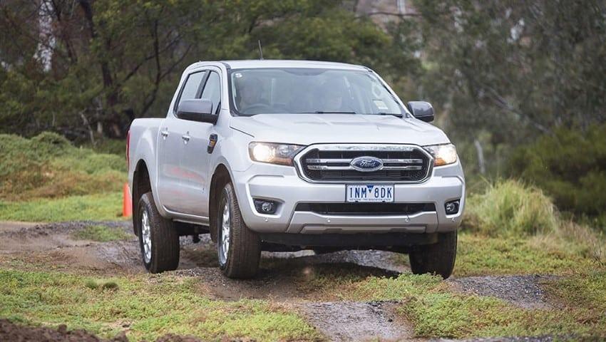 Ford Ranger XLS den xe