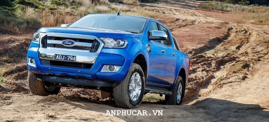 Khuyen mai Ford Ranger XLT 2.2L 4x4 AT 2020