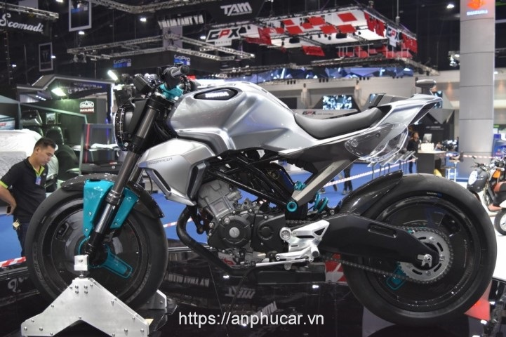 Honda 150ss Racer duoi xe