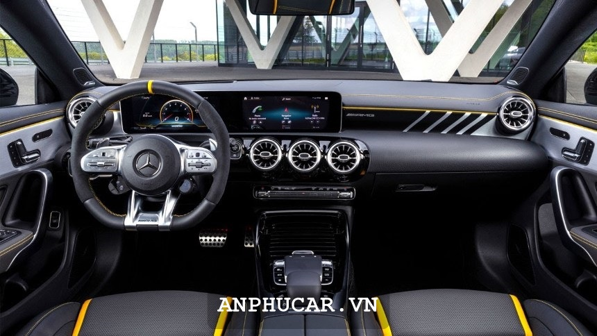 Mercedes GLA 45 AMG 4Matic 2020 Noi That