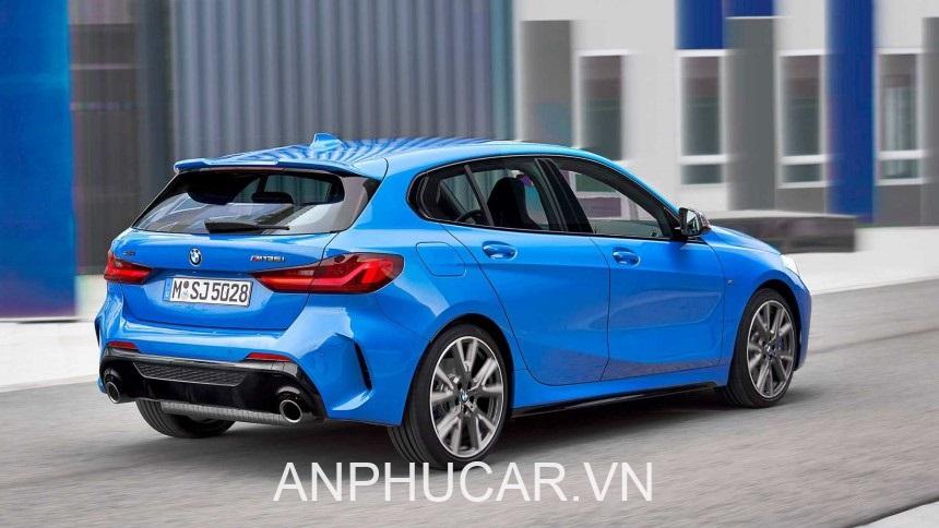 BMW Series 1 2020 duoi xe