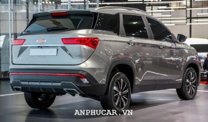 Chevrolet Captiva 2020 gia xe