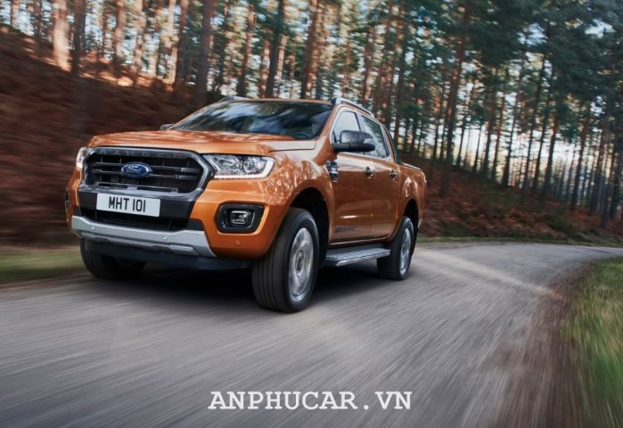 Ford Ranger Wildtrak 2020 gia xe