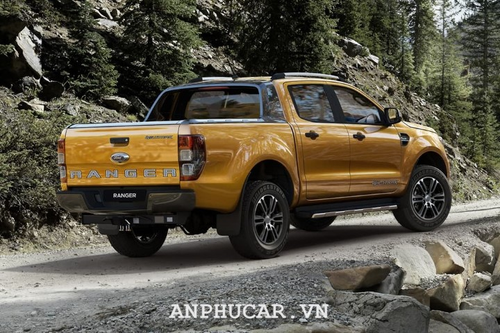 Ford Ranger Wildtrak 2020 bao nhieu