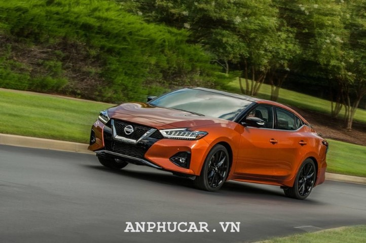Nissan Maxima 2020 gia bao nhieu
