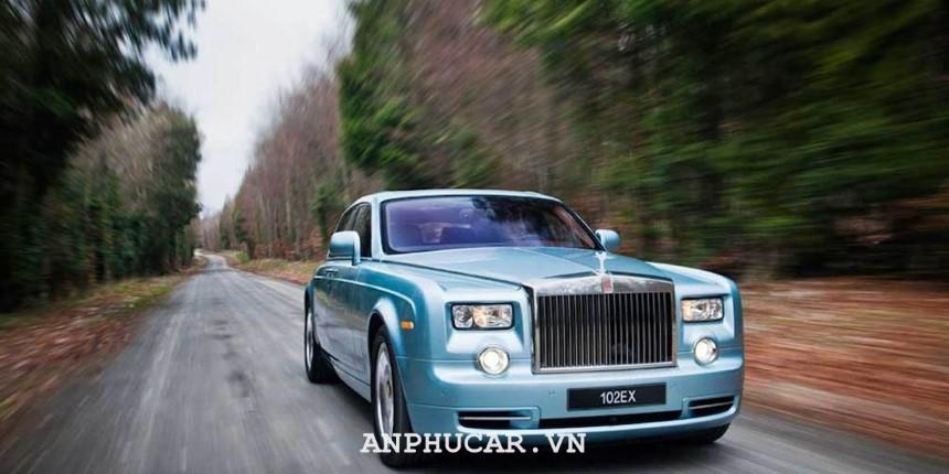 Xe dien dat nhat Roll-Royce Phantom 102EX Electric - Sao chép
