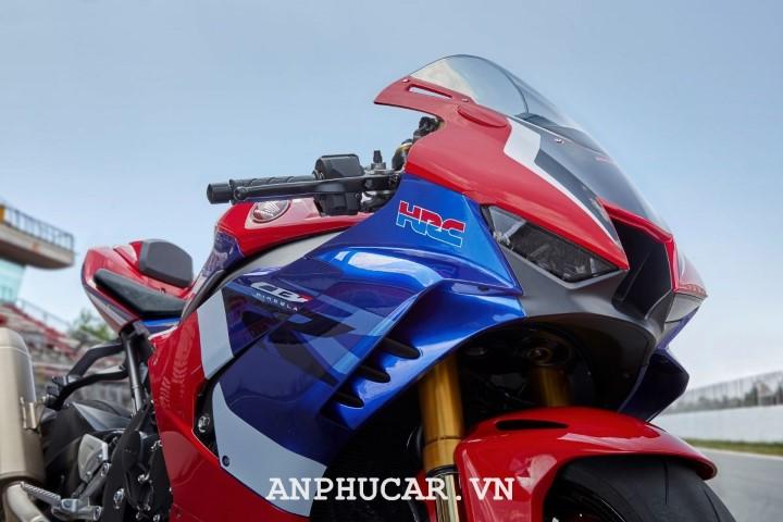 Honda CBR1000RR FireBlade 2020 gia bao nhieu