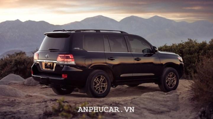 Toyota Land Cruiser 2020 khuyen mai mua xe hap dan
