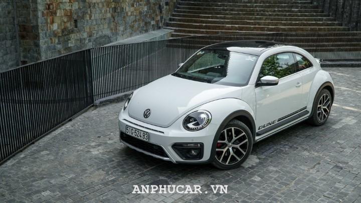 Volkswagen Beetle Dune 2020 gia bao nhieu