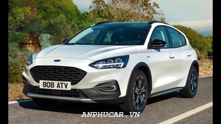 ford focus cu gia tot