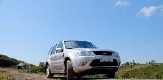 đánh giá ford escape 2013