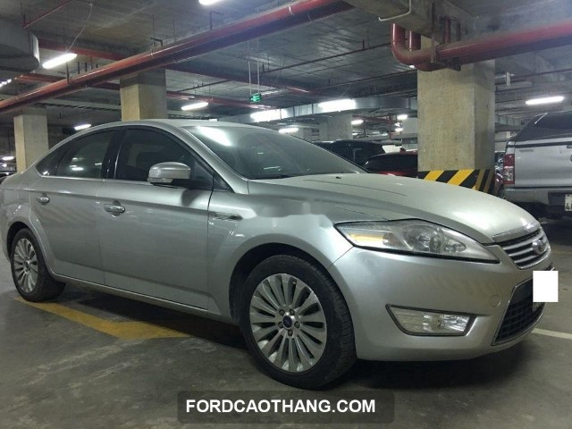 giá xe ford mondeo