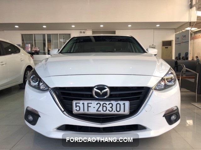 ban xe Mazda 3 2015