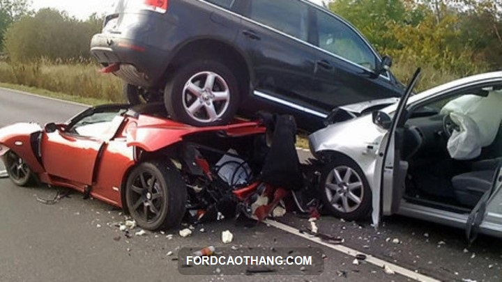 biểu phí bảo hiểm vật chất xe ô tô pjico