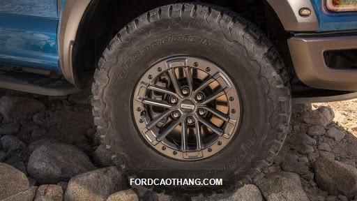 ford f150 giá