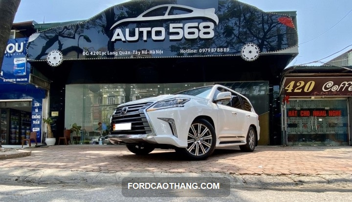 giá xe lexus 570 đời 2016