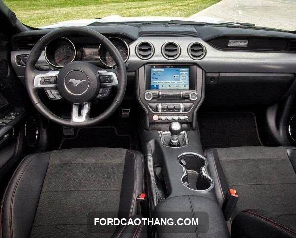 thông số kỹ thuật xe ford mustang