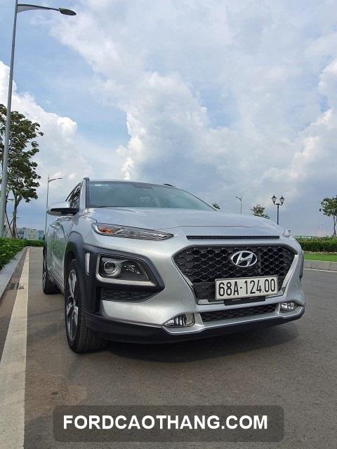 xe Hyundai Kona 1.6 cu