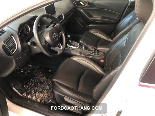 xe Mazda 3 2015 cu chinh hang