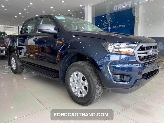 Ford Ranger 2021 xanh den
