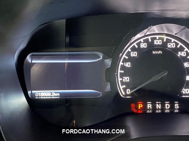 Ford Everest Titanium qua sử dụng