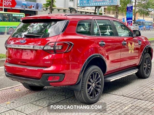 mua xe Ford Everest 2021