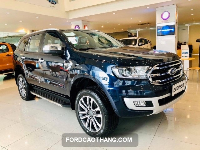 Ford Everest sieu luot doi moi nhat