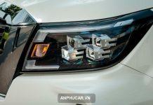 den xe Nissan Navara 2022