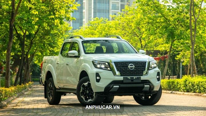 gia xe Nissan Navara 2022